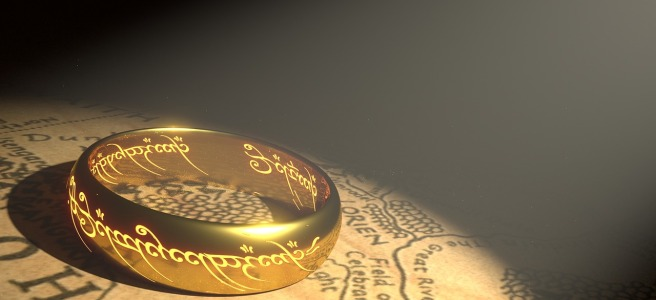 Lord of the Ring ring and Middle Earth map
